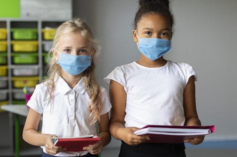 Protocolos sanitários de volta às aulas